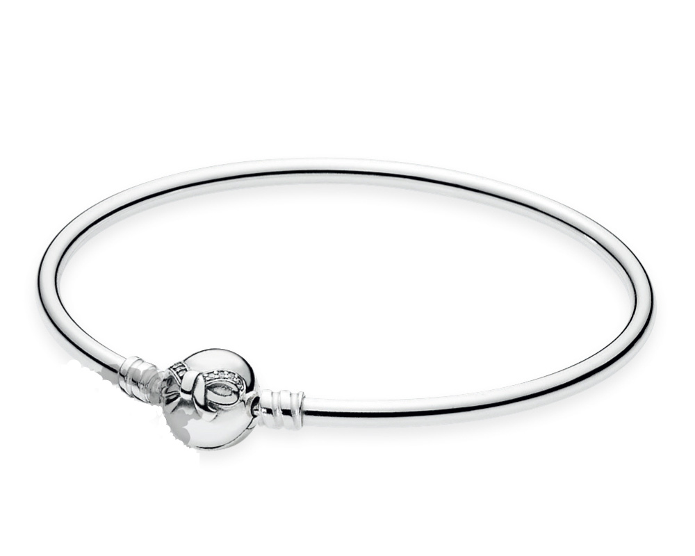pandora-holiday-2015-dainty-bow-bangle-promotion copy